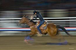 Cody nite rodeo, barrel race