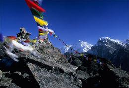 Himalaya, Gokyo Ri, prayer flags