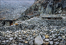 Ngozumpa Glacier, Cho La Pass