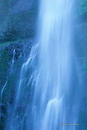 Multnomah Falls Cascade
