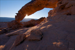 Sunset Arch, Straigh Cliffs, Grand Staircase - Escalante National Monument