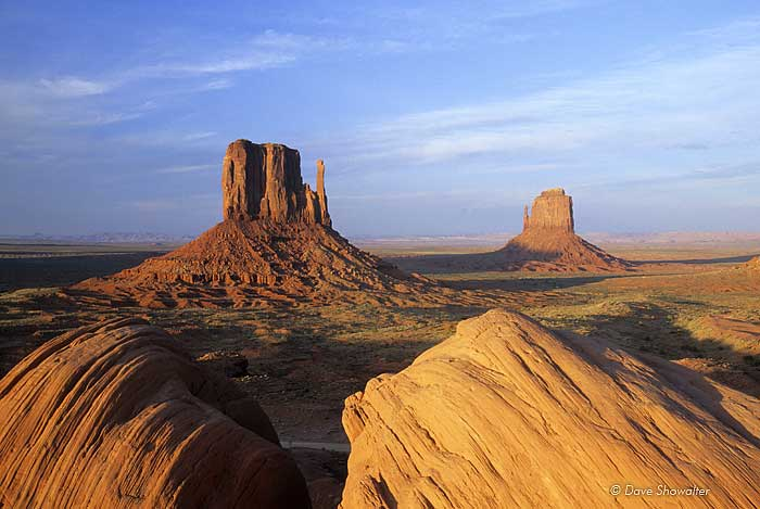 The Mittens, Monument Valley Tribal Park, photo