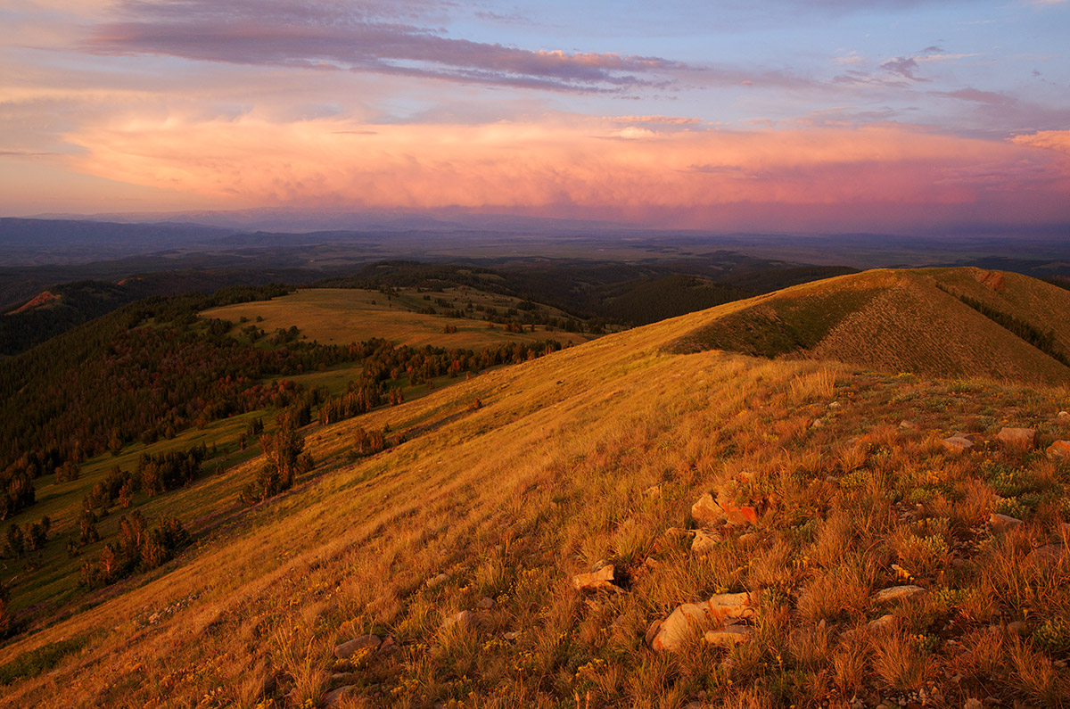 Lookout Peak, Wyoming range, Bridger-Teton National Forest, Greater Yellowstone ecosystem, photo
