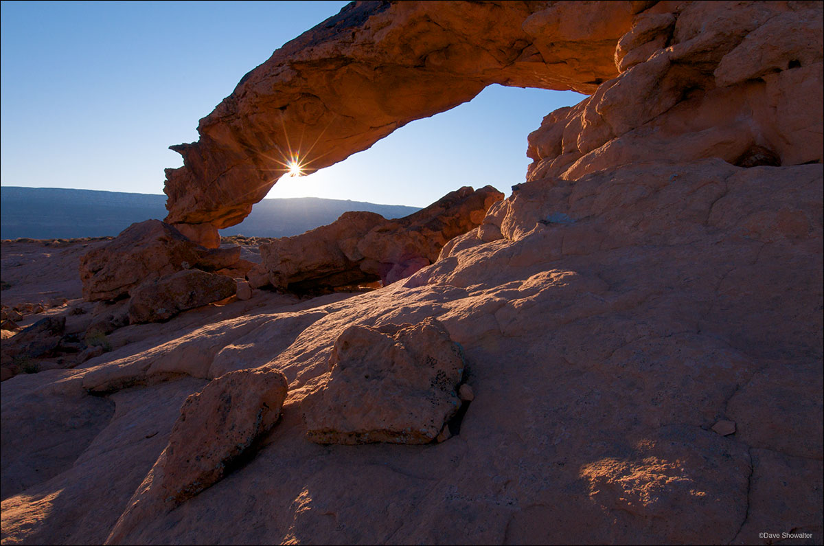 Sunset Arch, Straigh Cliffs, Grand Staircase - Escalante National Monument, photo